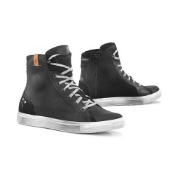 Forma Soul Waterproof Boots - Black/White